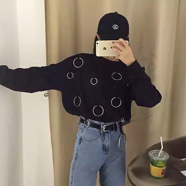 韓版圈環造型上衣