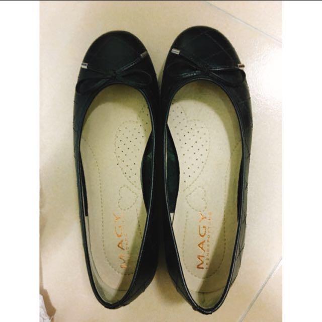 [降⬇️⬇️可議 非常非常新]MAGY瑪格麗特黑色包鞋 6號