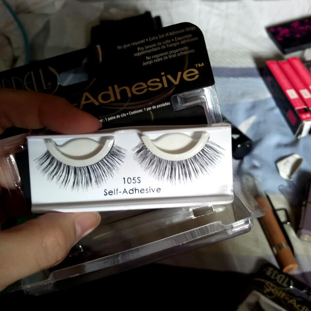 Adele Self Adhesive Lashes 105S