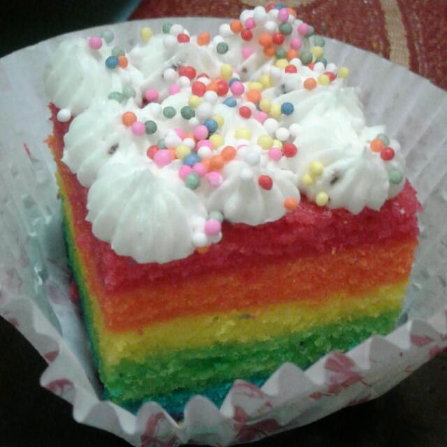 Aneka Cakes dan Kue Kering