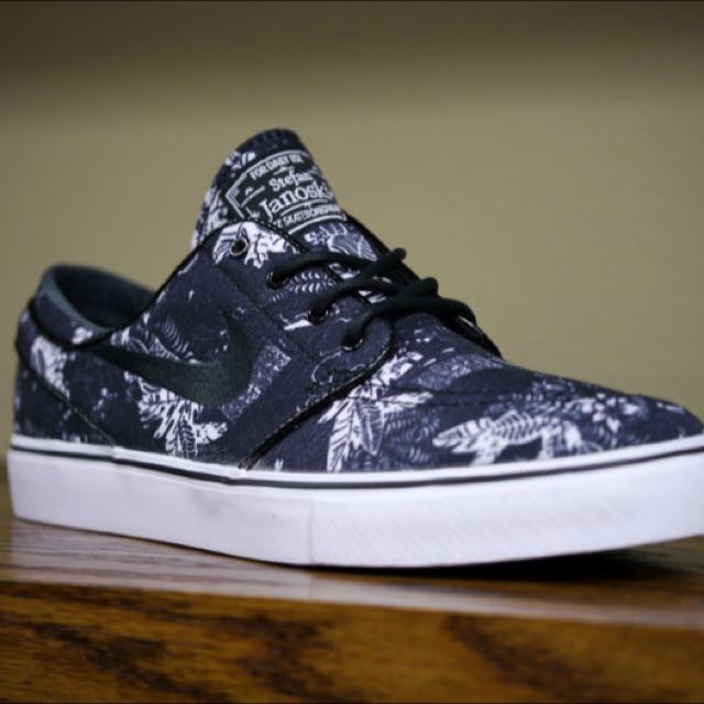 AUTHENTIC NIKE SB Janoski (Black Floral) 686ca7f867