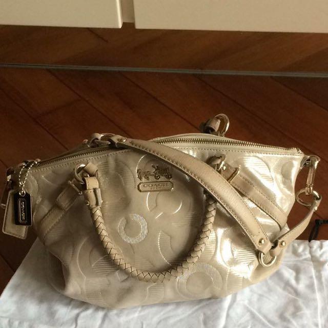 Coach Handbag / Messenger / Cross Body Bag