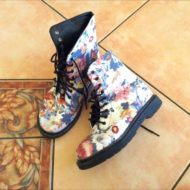 Floral boots