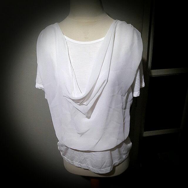 Kaos Atasan Blouse Putih