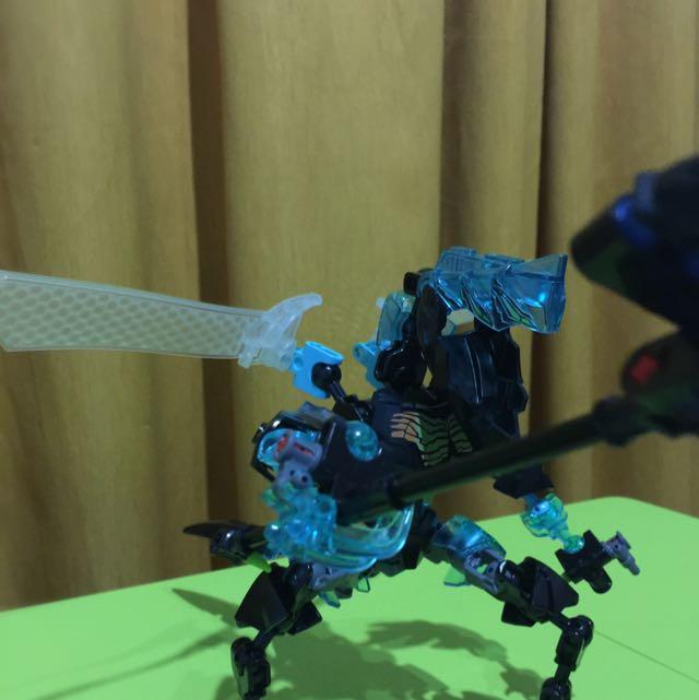 Lego hero factory-monster 2