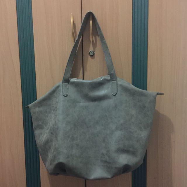 LIKE NEW cotton on shopper bag warna olive/ hijau cantee
