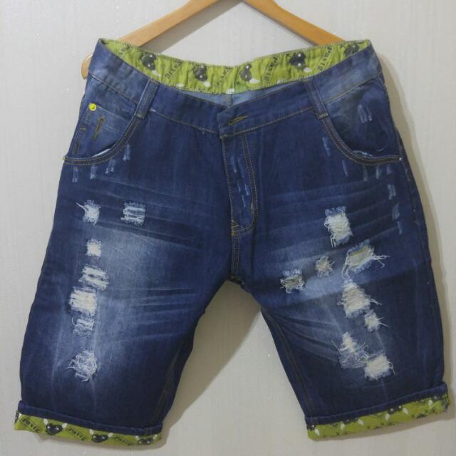 Men Short Ripped Jeans