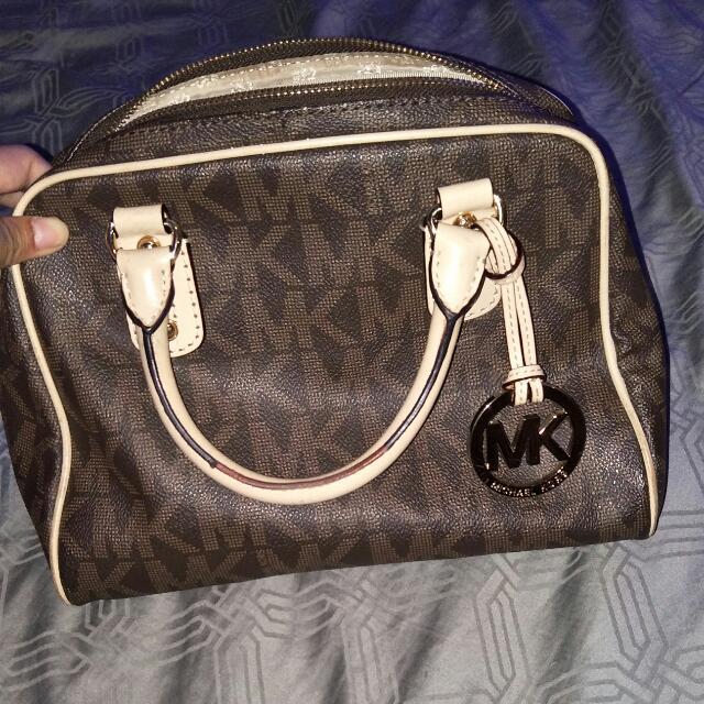 MK broen handbag AUTHENTIC