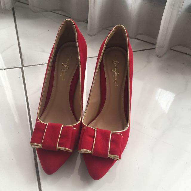 Preloved Apple Green Red Shoes