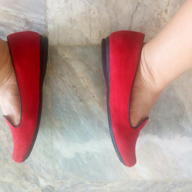 Red shoes (Sonoma brand)