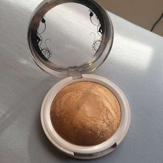 Hard Candy Bronzer