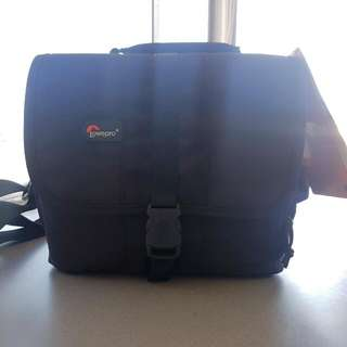 Lowepro Camera Bag - Adventura 160