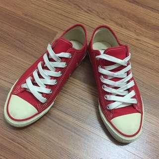 🚚 紅色帆布鞋✨含運