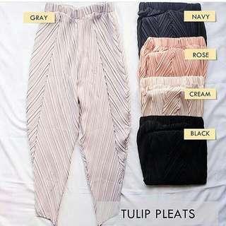 Tulip Pleats Pants
