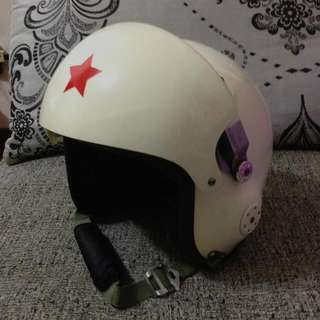 🚚 蘇聯空軍飛行員頭盔