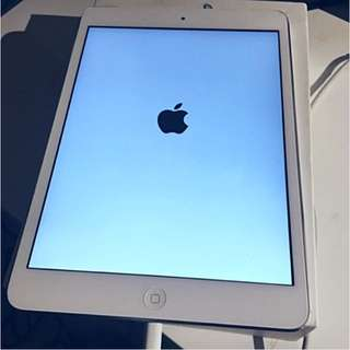 Apple iPad mini 3 With Retina Display 16gb 3G