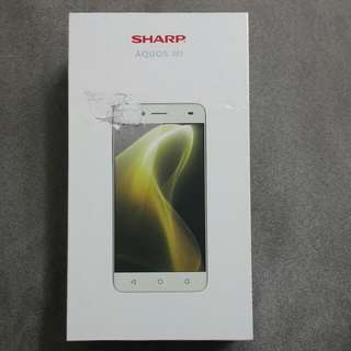 SHARP AQUOS M1 花嫁白