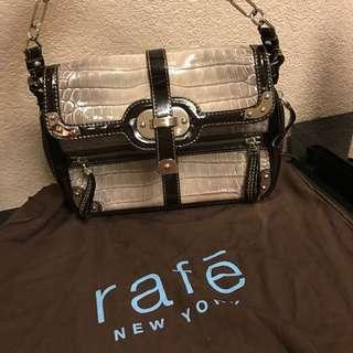 Rafē Shoulder Bag