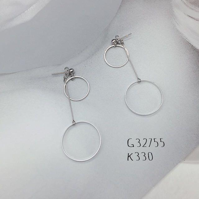 耳環。項鍊