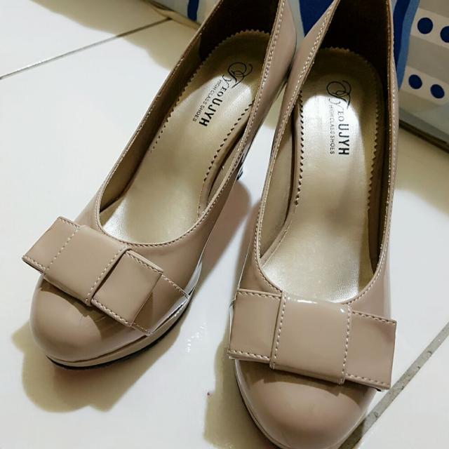 二手米色蝴蝶結高跟鞋 新娘鞋