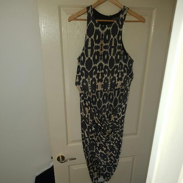 Make An Offer🔥🔥🔥 Sheike Size 14 Midi Dress