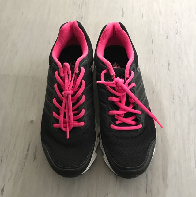 Adidas Running Shoes Woman Sz 7