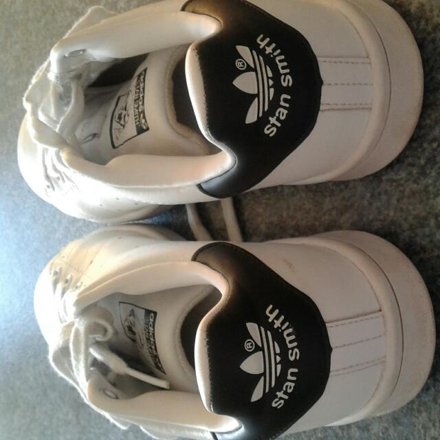 Adidas Stan Smith Size 7 1/2us/size 6 UK