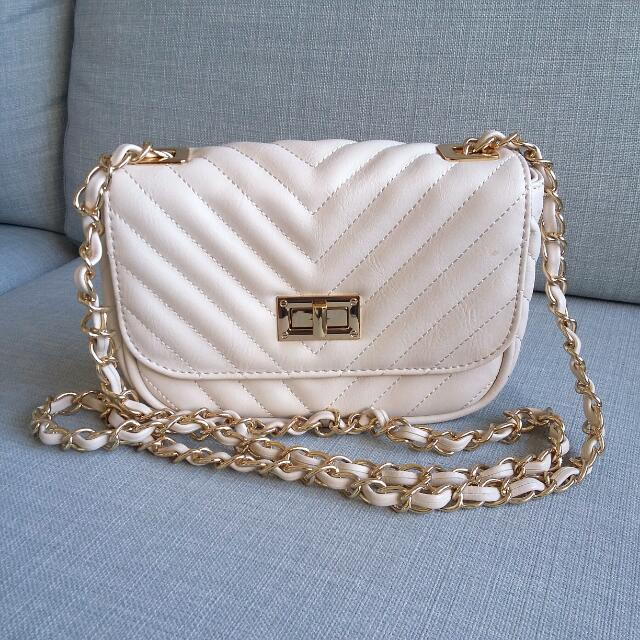 Aldo Cream And Gold Purse
