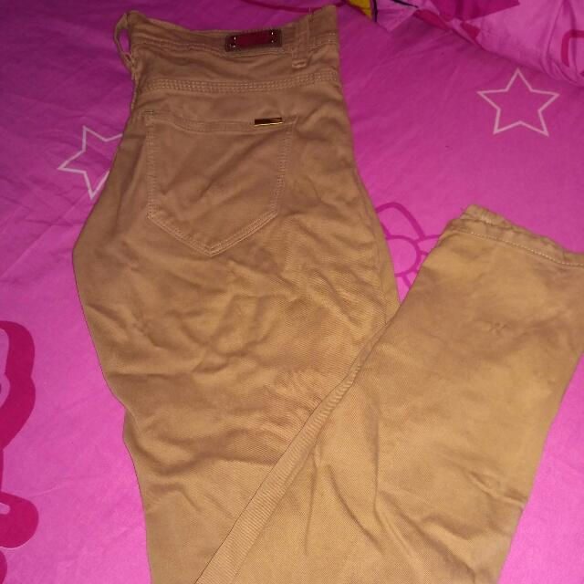 Celana Panjang Zara Basic look a like