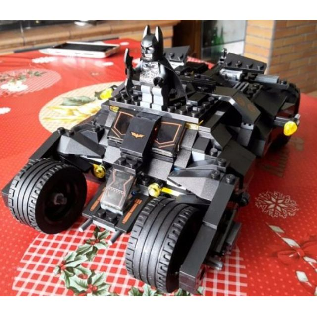 DC Batman Tumbler bricks (with real rubber wheels) 325 bricks with manual