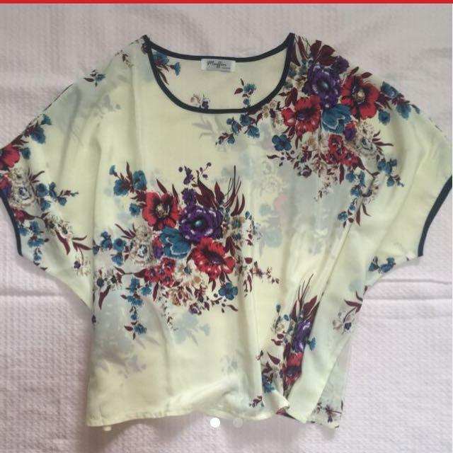 Floral Top (loose)