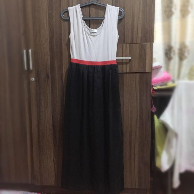 Folded ang Hung Dress