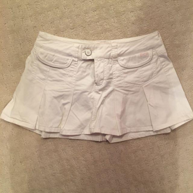 Guess Mini Skirt Size 27 (US S)