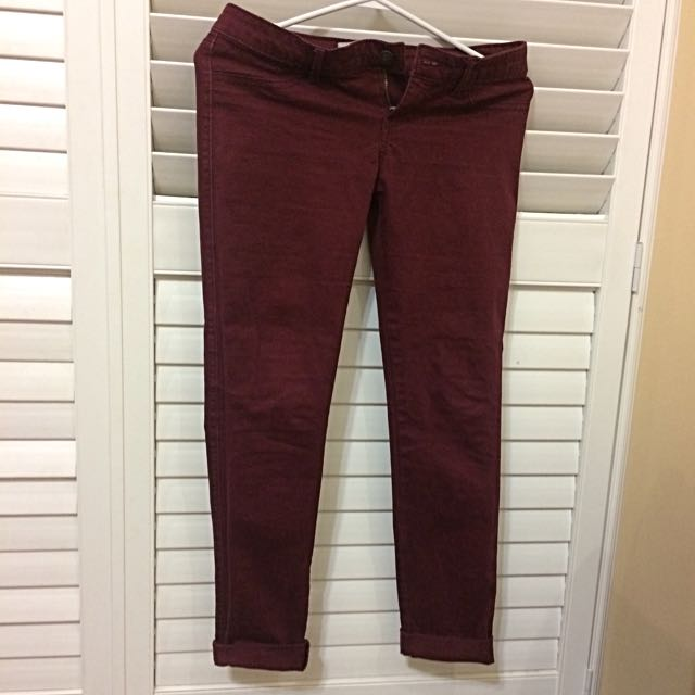 Hollister Size 26 Pants