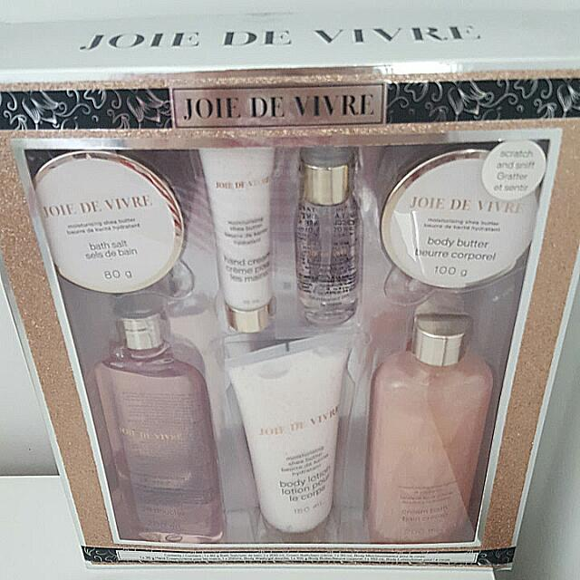 JDV Bath and Body Set