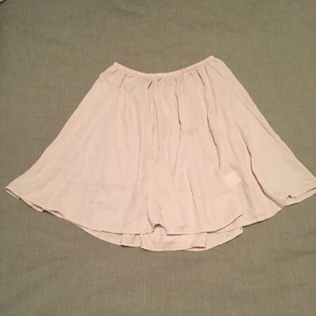 Brandy Melville Ladies Skirt - Elastic Waist