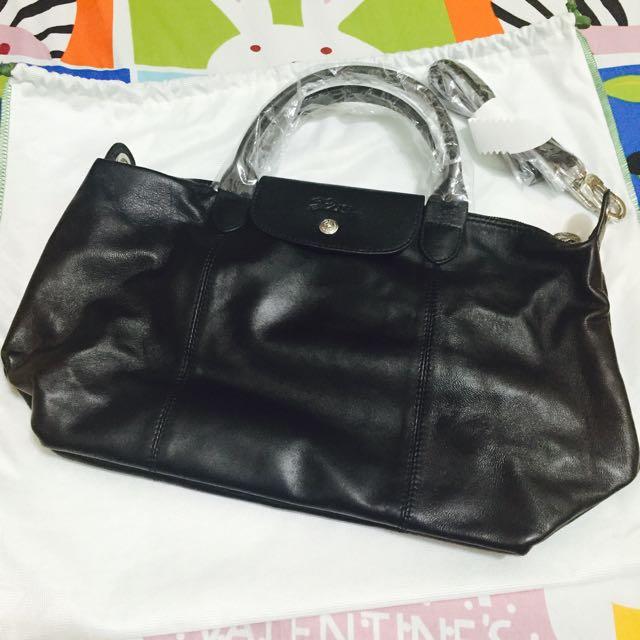 Longchamp小羊皮(黑)