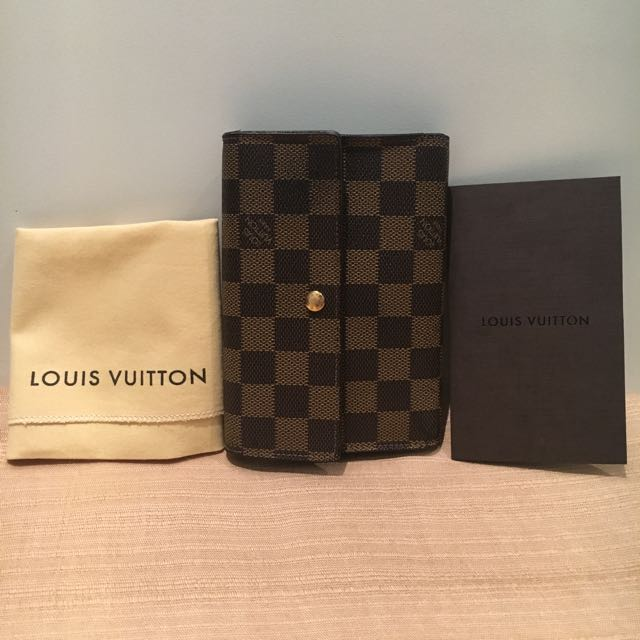 LV Trifold Damier Wallet