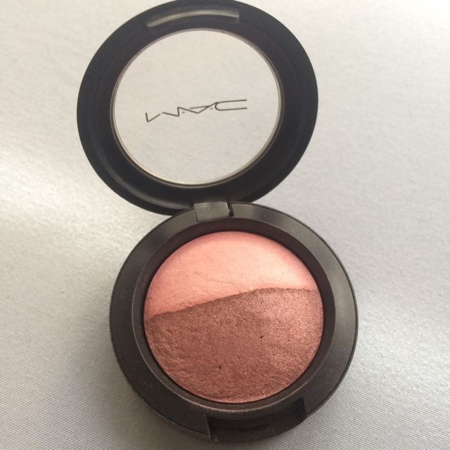 MAC Eyeshadow Duo