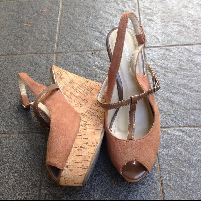 Maire Claire Wedges