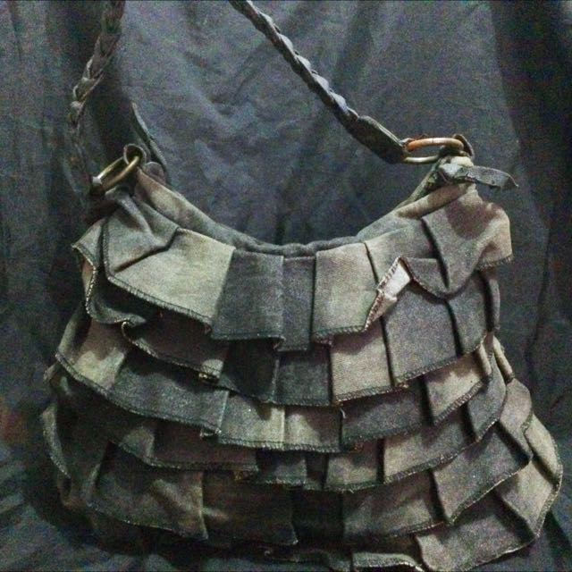 Maong Shoulder Bag