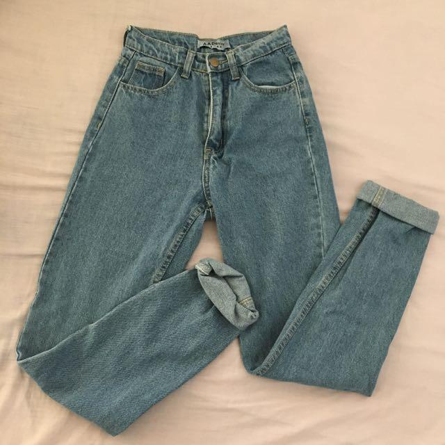 Mum Jeans Size 24