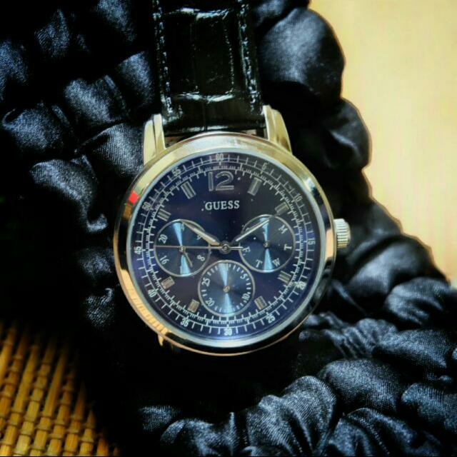 Raya Promotion New Male Guess Watches : Condition New