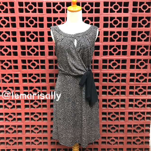 PROMOD Wrap -like Dress