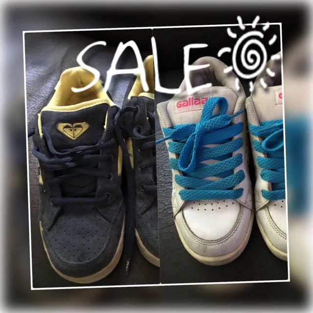 ROXY + GALLAZ SHOES SIZE 7