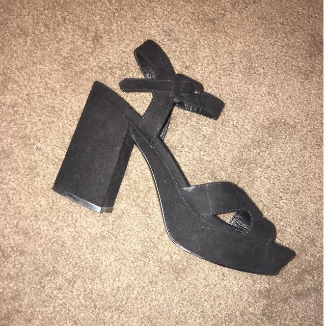 SELLING Size 7 black heels