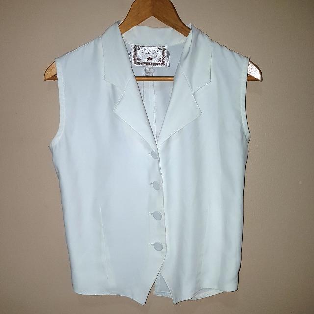 Women's 90s White Button Top Shirt