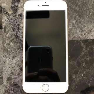 Gold iPhone 6 - 64gb