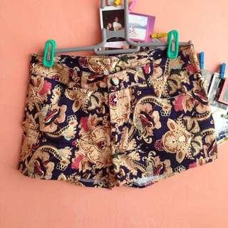 Baroque Shorts