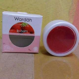 Lip Balm Wardah Strawberry